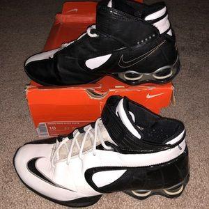 7e3dd282e8cfb7 Nike Shoes - Women s Nike Shox Elite Basketball Shoes Size 10
